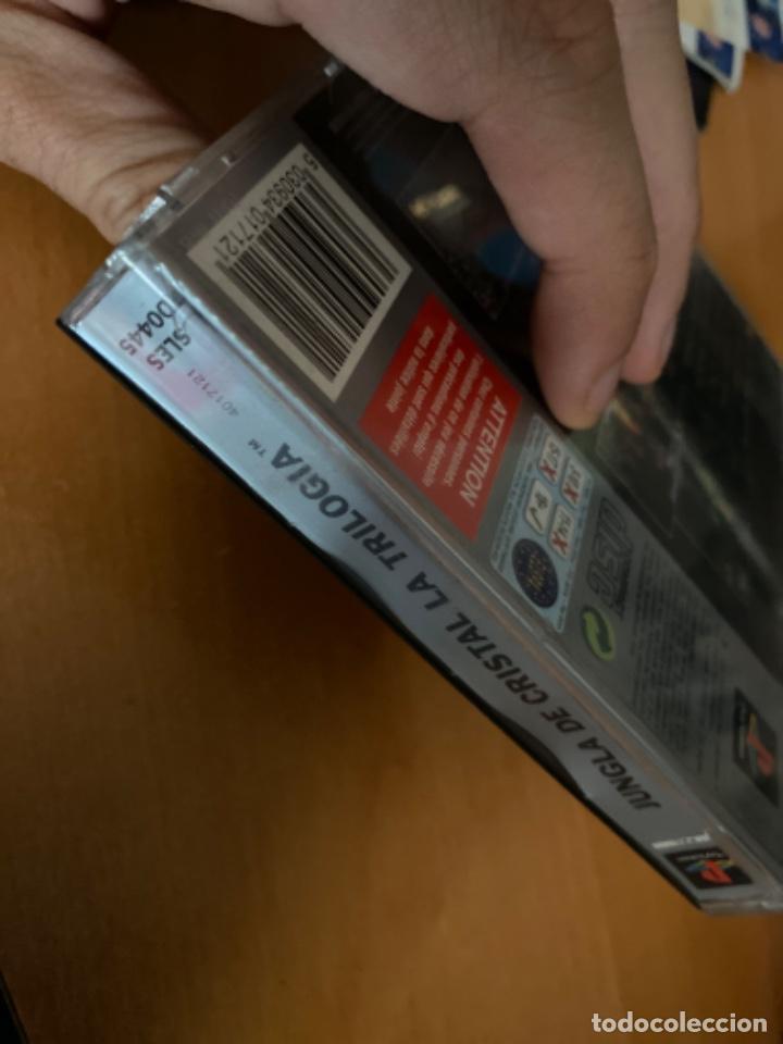 Videojuegos y Consolas: JUEGO PS1 JUNGLA DE CRISTAL LA TRILOGÍA COMPLETO - Foto 5 - 220636981