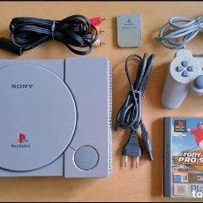 Videojuegos y Consolas: CONSOLA / PLAYSTATION PLAY STATION PSONE 32 BITS PAL 1999 (CON 1 MANDO, MEMORY CARD Y 1 JUEGO). Lote 251712780