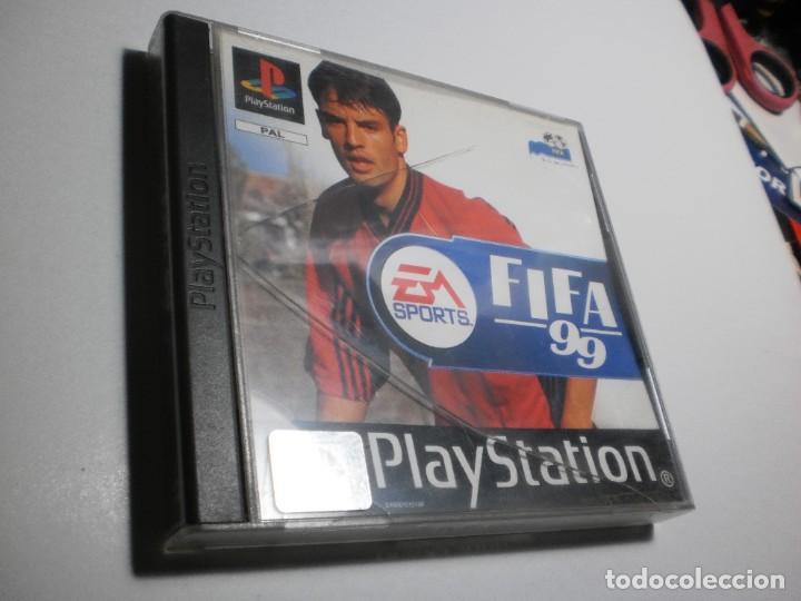 PS1 FIFA 99 CON DISCO Y MANUAL (BUEN ESTADO, PERO TAPA DE LA CAJA AGRIETADA) (Juguetes - Videojuegos y Consolas - Sony - PS1)