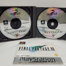 Videojuegos y Consolas: FINAL FANTASY VII PLAY STATION. INCLUYE DEMO FINAL FANTASY VIII. EDICIÓN ESPAÑOLA. FUNCIONA. 4 CDS. Lote 273665088