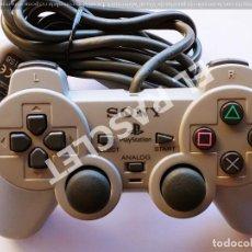 Videojuegos y Consolas: MANDO CONTROLADOR ANALOGÍCO GRIS OSCURO SONY PARA PLAY STATION. Lote 286510843