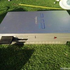 Videojuegos y Consolas: PLAYSTATION 2 CON MANDOS. Lote 103592559