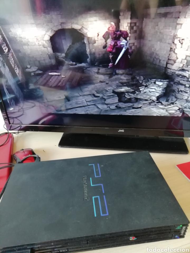 Videojuegos y Consolas: Play Station 2. Funciona. Con cables, memory card y un mando (no original) - Foto 4 - 177139705