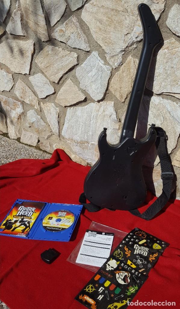 Videojuegos y Consolas: Pack Guitar Hero World Tour para PS2 + Guitarra Wireless Kramer con accesorios y receptor (Completo) - Foto 2 - 194321966