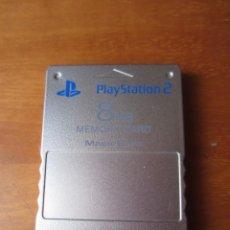 Videojuegos y Consolas: TARJETA DE MEMORIA (MEMOY CARD) PARA PLAYSTATION 2 PLATEADA ORIGINAL. Lote 289946958