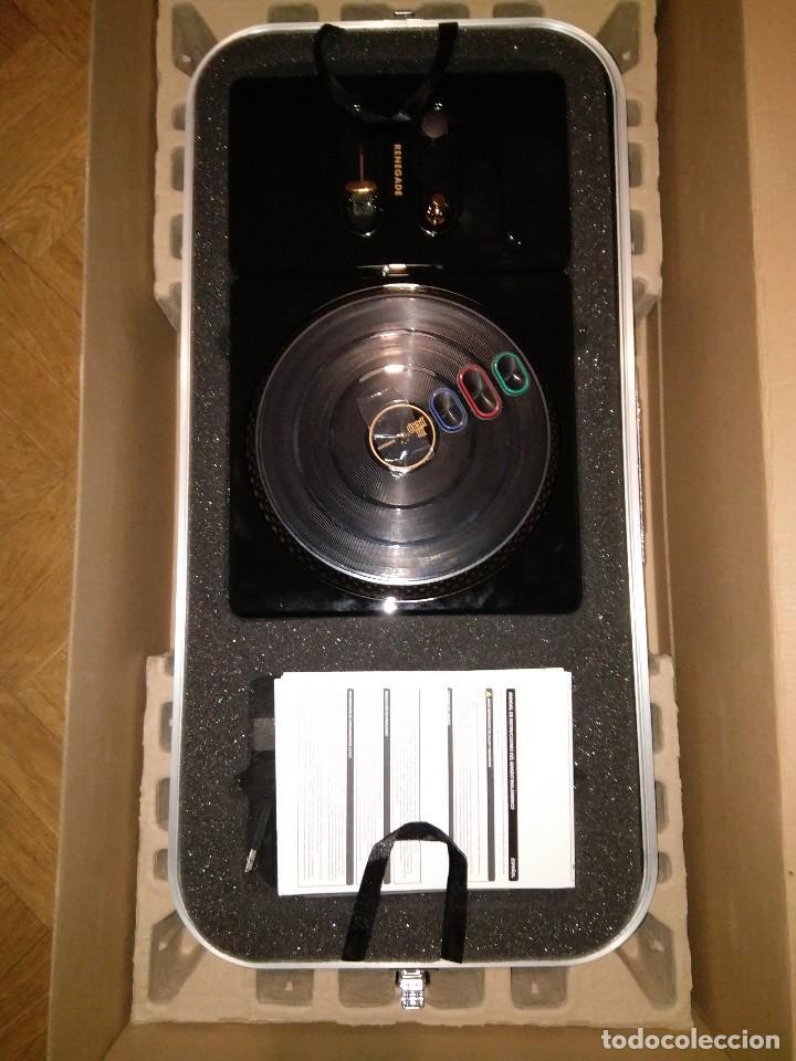 Videojuegos y Consolas: CAJA EDICION DE LUJO DJ HERO RENEGADE NUEVO PLAYSTATION 3 INCLUYE CD EMINEM Y JAY-Z rap hip hop - Foto 4 - 217952275