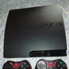 Videojuegos y Consolas: CONSOLA PS3 Y DOS MANDOS .NO TIENE LOS CABLES. FUNCIONA. Lote 173805369