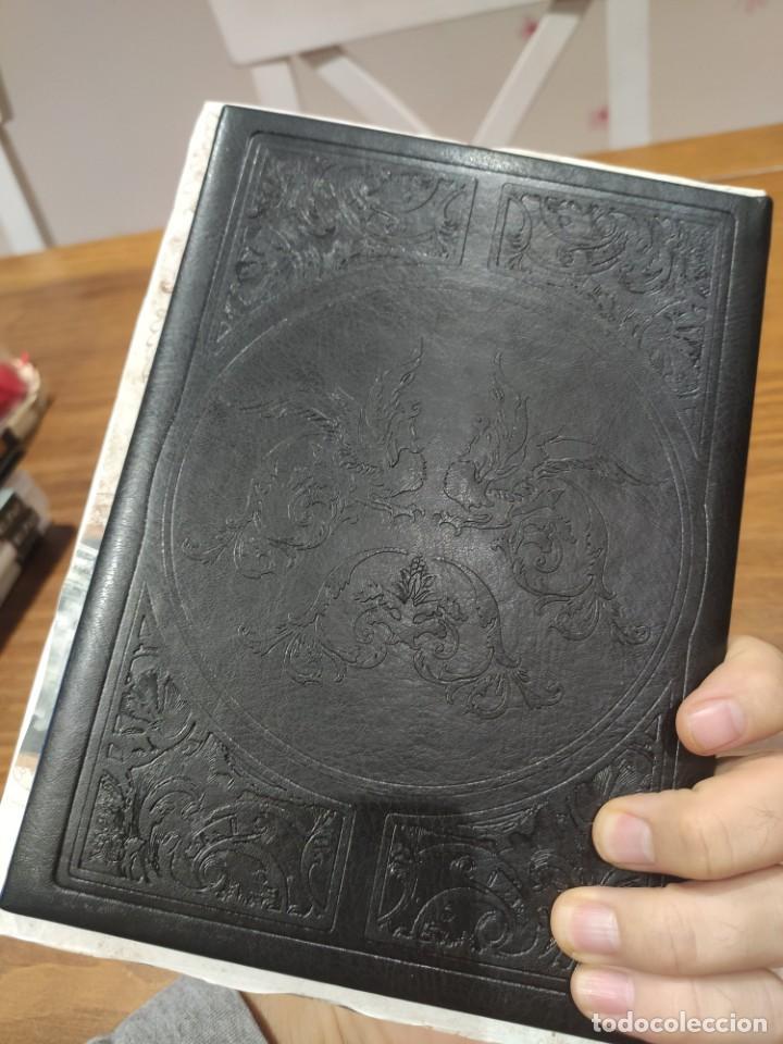 Videojuegos y Consolas: Assassins Creed Libros de arte, postales, cartas, mapas - Muy buen estado (LEER DESCRIPCION) - Foto 16 - 222300815