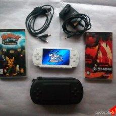 Videojuegos y Consolas: PSP 1004 BLANCA FIRMWARE 6.60 + 2 JUEGOS + COMPLEMENTOS. Lote 56262661
