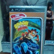 Videojuegos y Consolas: CRASH BANDICOOT - LUCHA DE TITANES - SONY PSP - NUEVO Y PRECINTADO. Lote 74203963