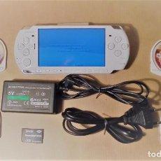 Videojuegos y Consolas: PSP 3004 BLANCA - CARGADOR - MEMORY STICK - JUEGOS. Lote 90776100