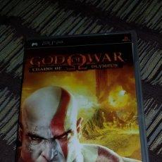 Videojuegos y Consolas: PSP GOD OF WAR CHAINS OF OLIMPUS CAJA VACÍA + LIBRETO NO INCLUYE CD !!. Lote 102952594