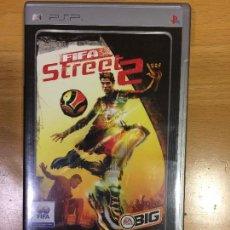 Videojuegos y Consolas: FIFA STREET 2 PLATINUM-PARA PSP- JUEGO. Lote 108738859