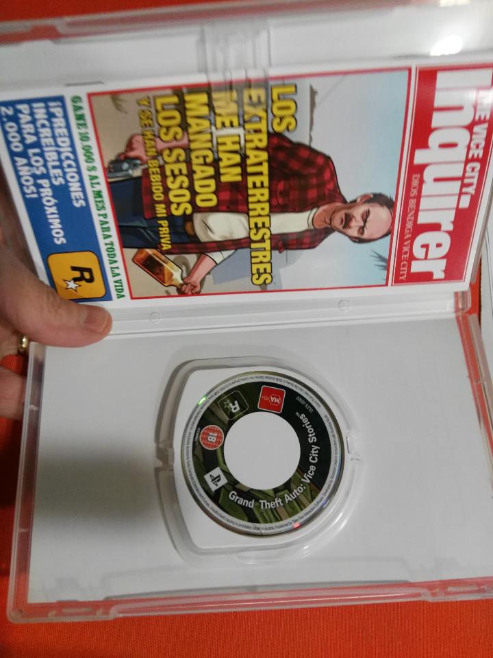Videojuegos y Consolas: psp grand cheft auto - Foto 3 - 112118935