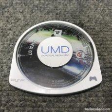 Videojuegos y Consolas: FIFA 07 UMD SONY PSP. Lote 121989655