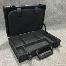 Videojuegos y Consolas: MALETIN DE ALUMINIO INTEC SONY PSP. Lote 128502595