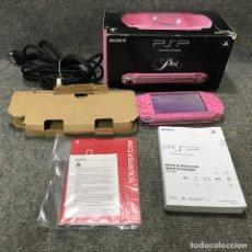 Videojuegos y Consolas: CONSOLA PSP ROSA CON CAJA E INSTRUCCIONES+CARGADOR. Lote 137954064