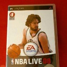 Videojuegos y Consolas: NBA LIVE 08 - JUEGO PLAYSTATION PSP (PAL) (BUEN ESTADO) VIDEOJUEGO DE DEPORTES - BASKET PAU GASOL. Lote 149727078