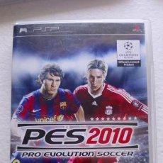 Videojuegos y Consolas: PES 2010 PRO EVOLUTION SOCCER KONAMI PSP FERNANDO TORRES Y MESSI. Lote 171240170