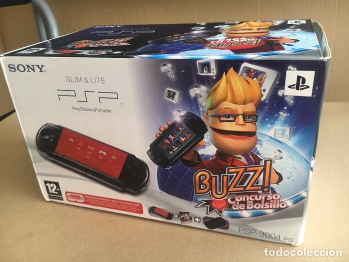 Videojuegos y Consolas: Caja SONY PSP SLIM & LITE Edición BUZZ!! - PSP 3004 Piano Black - No incluye consola solo Caja - Foto 2 - 184762190