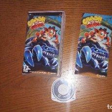 Videojuegos y Consolas: JUEGO PSP CRASH LUCHA DE TITANES. Lote 192338280