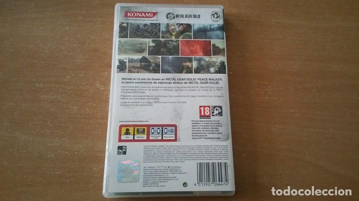 Videojuegos y Consolas: METAL GEAR PEACE WALKER PSP PAL ESPAÑA COMPLETO - Foto 2 - 199444338