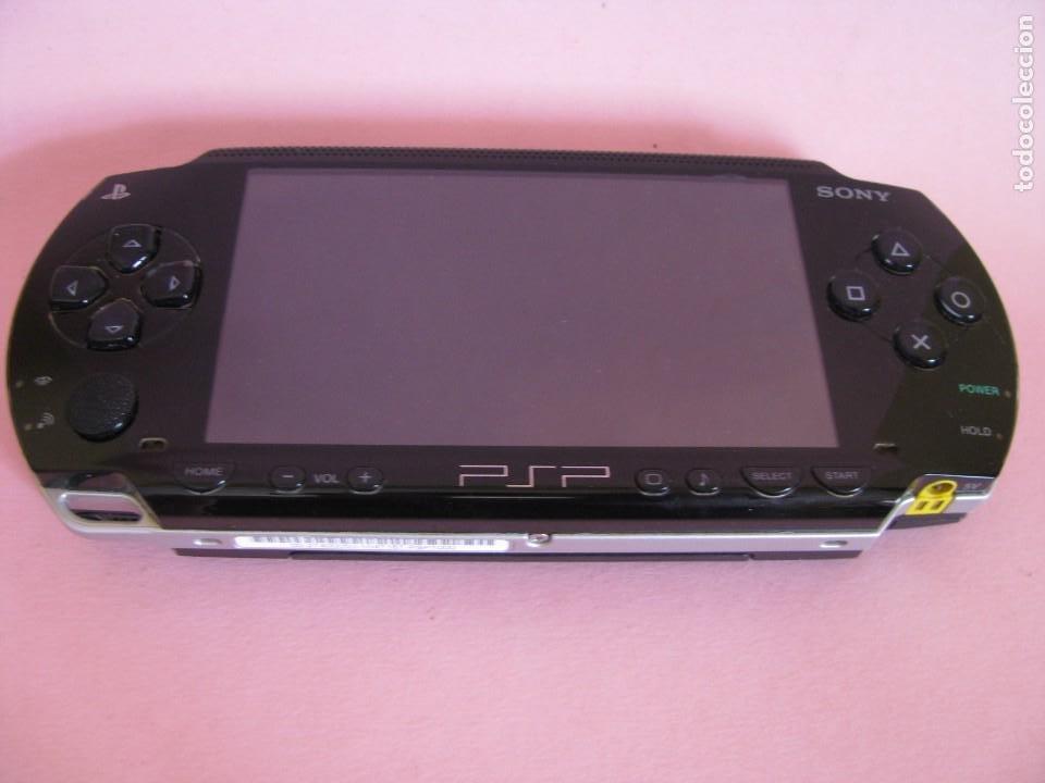 CONSOLA PSP 1000. AÑO 2004. FUNCIONA. INCLUYE CARGADOR Y FUNDA. (Juguetes - Videojuegos y Consolas - Sony - Psp)