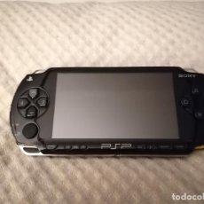 Videojuegos y Consolas: SONY PSP MODELO PSP-1004 FAT. Lote 206839487