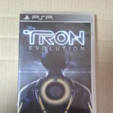 Videojuegos y Consolas: TRON : EVOLUTION - JUEGO PSP CON MANUAL DE INSTRUCCIONES. Lote 222112961