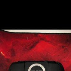 Videojuegos y Consolas: PSP BUEN ESTADO CON BATERIA CARGADOR Y DOS PELICULAS. Lote 222182191