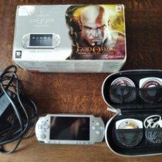Videojuegos y Consolas: CONSOLA PSP EN CAJA + 3 JUEGOS ORIGINALES - FUNCIONANDO. NARUTO, STAR WARS PSP.... Lote 276529828