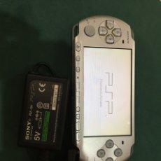 Videojuegos y Consolas: CONSOLA PSP SONY 3004. Lote 290638628
