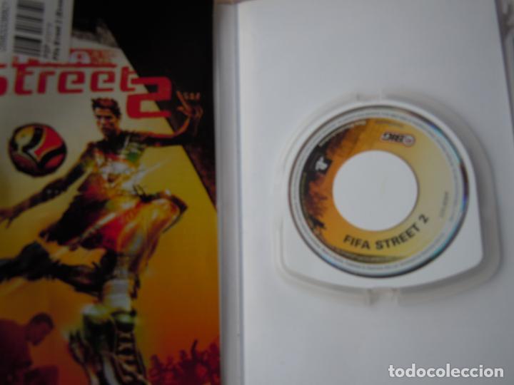Videojuegos y Consolas: PSP ESSENTIALS , FIFA STREET 2 CON INSTRUCCIONES - Foto 2 - 197821988
