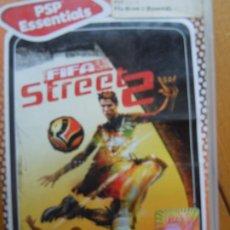 Videojuegos y Consolas: PSP ESSENTIALS , FIFA STREET 2 CON INSTRUCCIONES . Lote 197821988