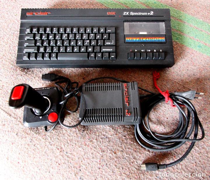 ORDENADOR ZX SPECTRUM + 2 128K - CON FUENTE DE ALIMENTACIÓN ORIGINAL Y JOYSTICK - AÑOS 80 (Juguetes - Videojuegos y Consolas - Spectrum)