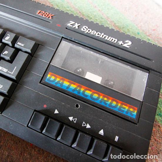Videojuegos y Consolas: Ordenador ZX Spectrum + 2 128k - Con fuente de alimentación original y joystick - Años 80 - Foto 2 - 100944295