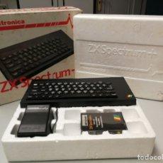 Videojuegos y Consolas: CONSOLA ORDENADOR PERSONAL SINCLAIR ZX SPECTRUM + 48K CAJA ORIGINAL INVESTRÓNICA 1984. Lote 167722872