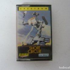 Videojuegos y Consolas: SHORT CIRCUIT DE ERBE / SINCLAIR ZX SPECTRUM SPECCY / RETRO VINTAGE / CASSETTE - CINTA / CLÁSICO. Lote 175725250