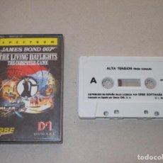 Videojuegos y Consolas: JUEGO SPECTRUM. THE LIVING DAYLIGHTS 007( ALTA TENSION). DOMARK / ERBE LOMO ROSA. Lote 194193216