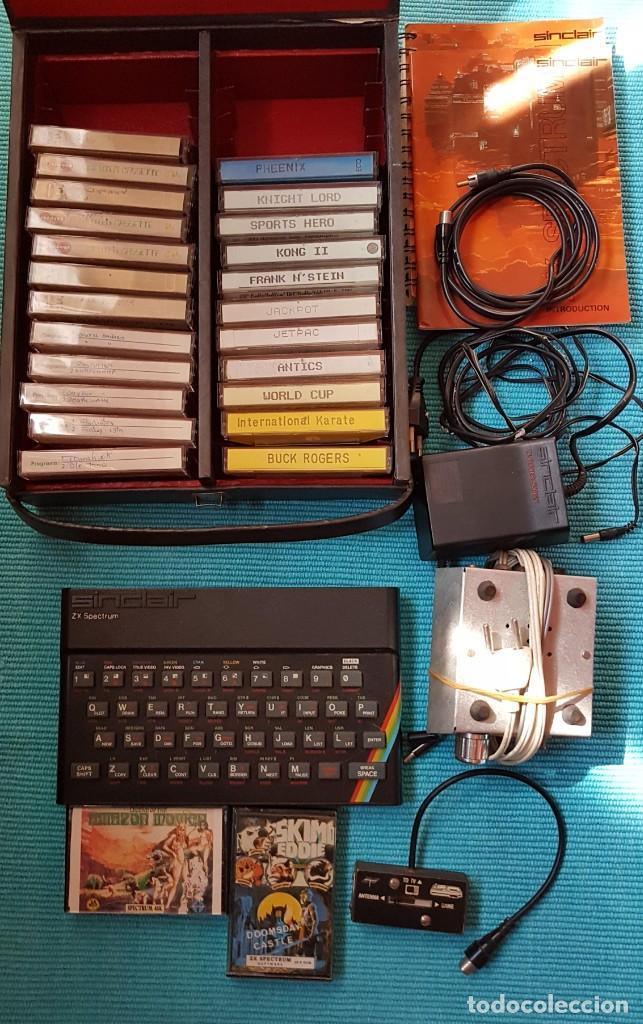 ORDENADOR SINCLAIR ZX SPECTRUM 48 K, CABLES, AMPLIFICADOR, 25 CASETES JUEGOS, LIBRO ... (Juguetes - Videojuegos y Consolas - Spectrum)