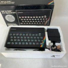 Videojuegos y Consolas: ORDENADOR SINCLAIR 48K - ZX SPECTRUM + CAJA + CORCHO + CABLES. Lote 287225668