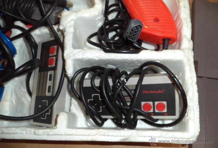 Videojuegos y Consolas: Consola de Nintendo,1985,con dos juegos,original,comprada en una casa,es la de las fotos - Foto 4 - 275314863