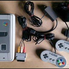 Videojuegos y Consolas: CONSOLA / SUPER NINTENDO SUPERNINTENDO SNES 16 BITS PAL 1992 (CON 2 MANDOS Y CONEXION SCART PARA TV). Lote 116166731