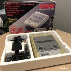 Videojuegos y Consolas: CONSOLA SUPER NINTENDO NES ORIGINAL CON CAJA. Lote 130938131