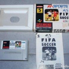 Videojuegos y Consolas: FIFA INTERNATIONAL SOCCER SUPER NINTENDO NES CON CAJA E INSTRUCCIONES PAL SNES. Lote 143229858