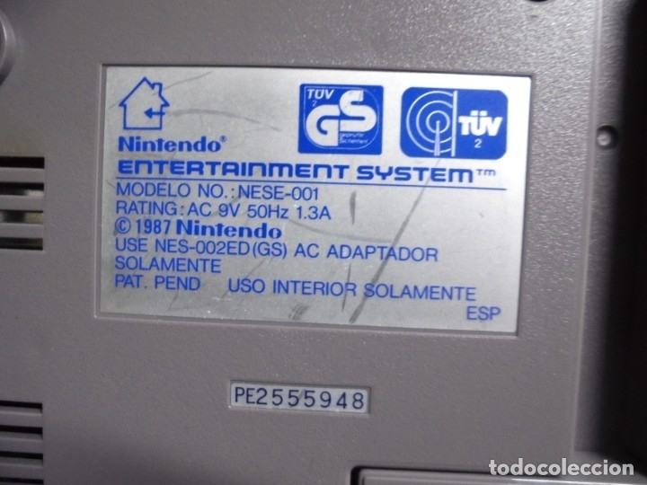 Videojuegos y Consolas: Consola de Nintendo,1985,con dos juegos,original,comprada en una casa,es la de las fotos - Foto 6 - 275314863