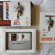 Videojuegos y Consolas: FIFA 97 COMPLETO SUPER NINTENDO SNES. Lote 175596680