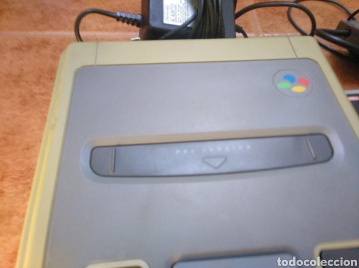Videojuegos y Consolas: Consola super Nintendo original 1992 super street fighter 2 con mando y cables originales. - Foto 9 - 176203450