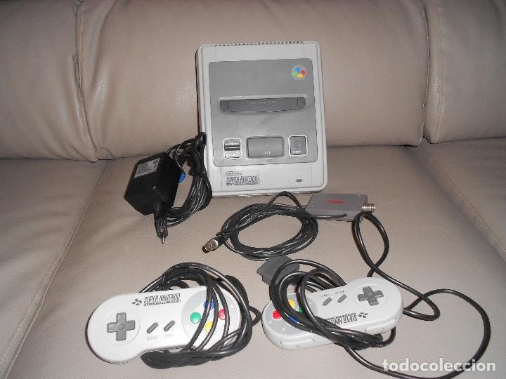CONSOLA SUPER NINTENDO SNES 2 MANDOS COMPLETA FUNCIONANDO SIN CAJA AÑOS 90 (Juguetes - Videojuegos y Consolas - Nintendo - SuperNintendo)