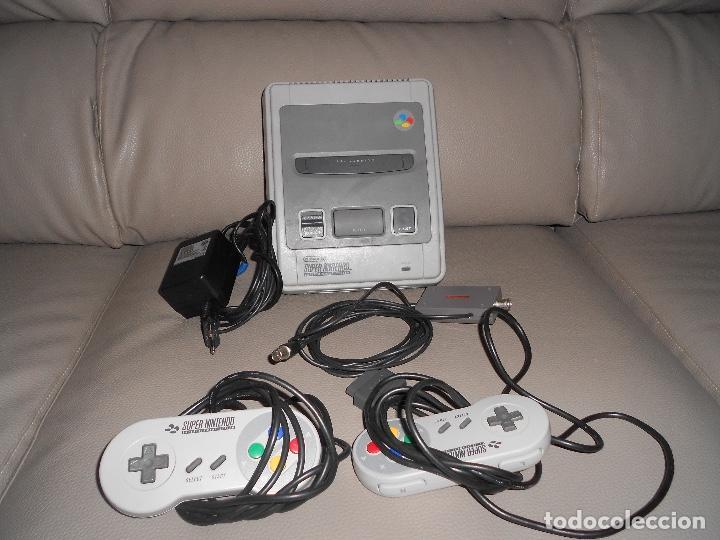 Videojuegos y Consolas: Consola Super Nintendo Snes 2 mandos COMPLETA FUNCIONANDO SIN CAJA AÑOS 90 - Foto 2 - 183818655